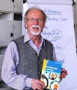 Dr. Reinhold Miller an der Vogelstangschule