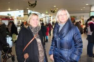 Frau Hupka und Frau Uhl am Weihnachtsmarkt 2016
